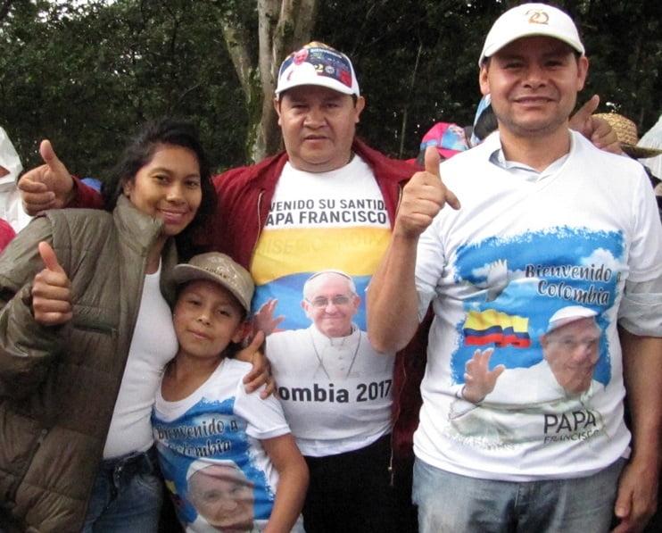 De izquierda a derecha: Martha Aguja, Sebastián Vega, Jorge Fernando y Rigoberto Reyes.