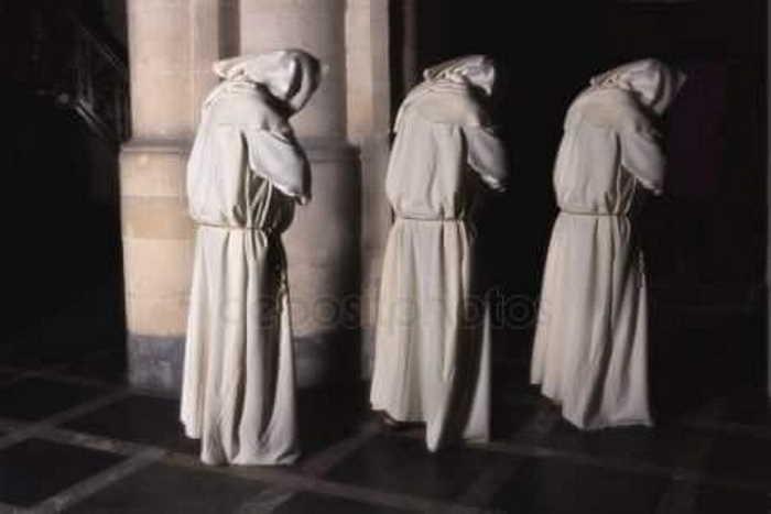 Los tres monjes