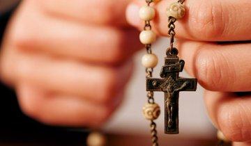 pray trump rosary